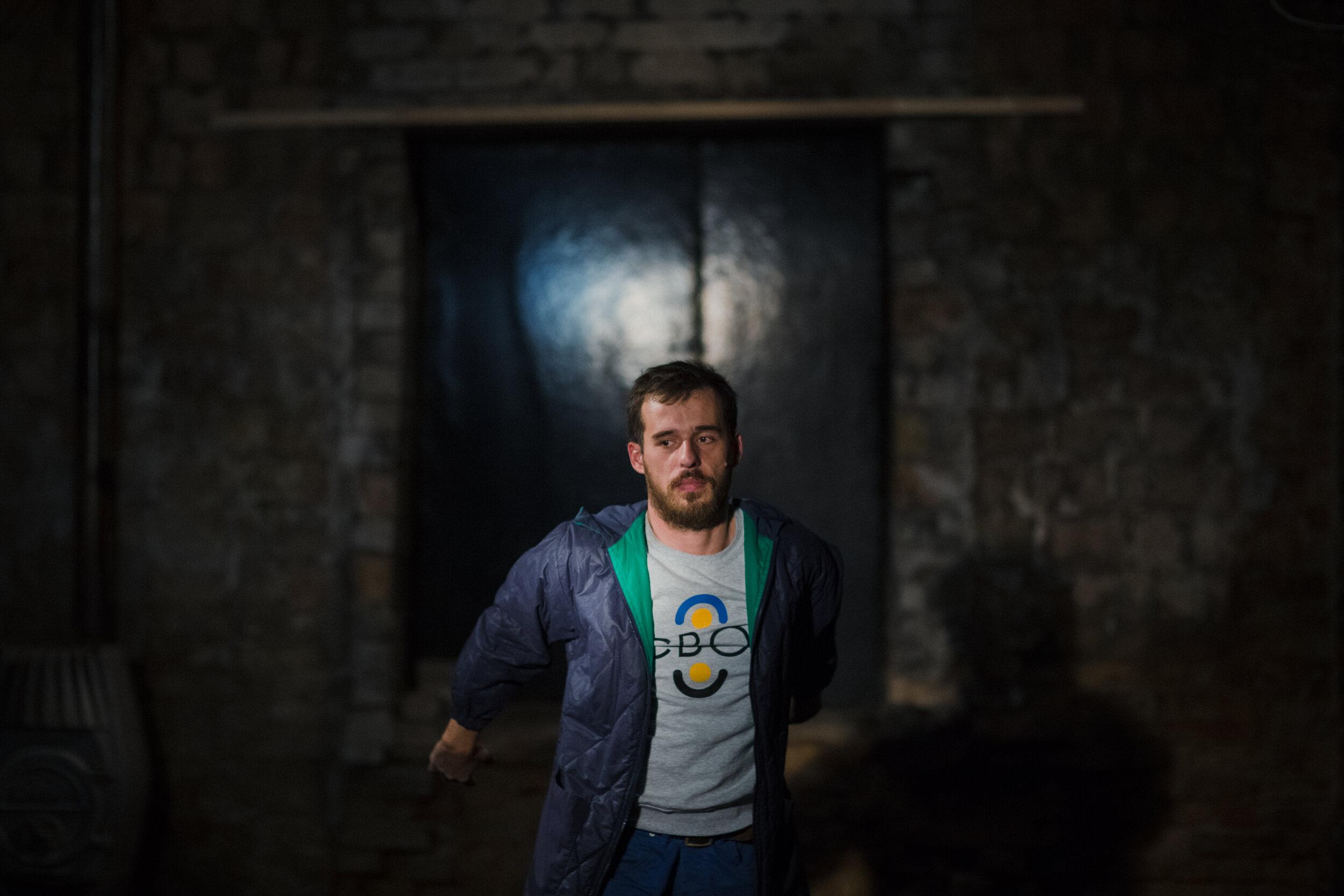 Призер спеціальної премії конкурсу МУХі 2019 Пьотр Армяновські про війну, перформанс та історії людей у своїх роботах